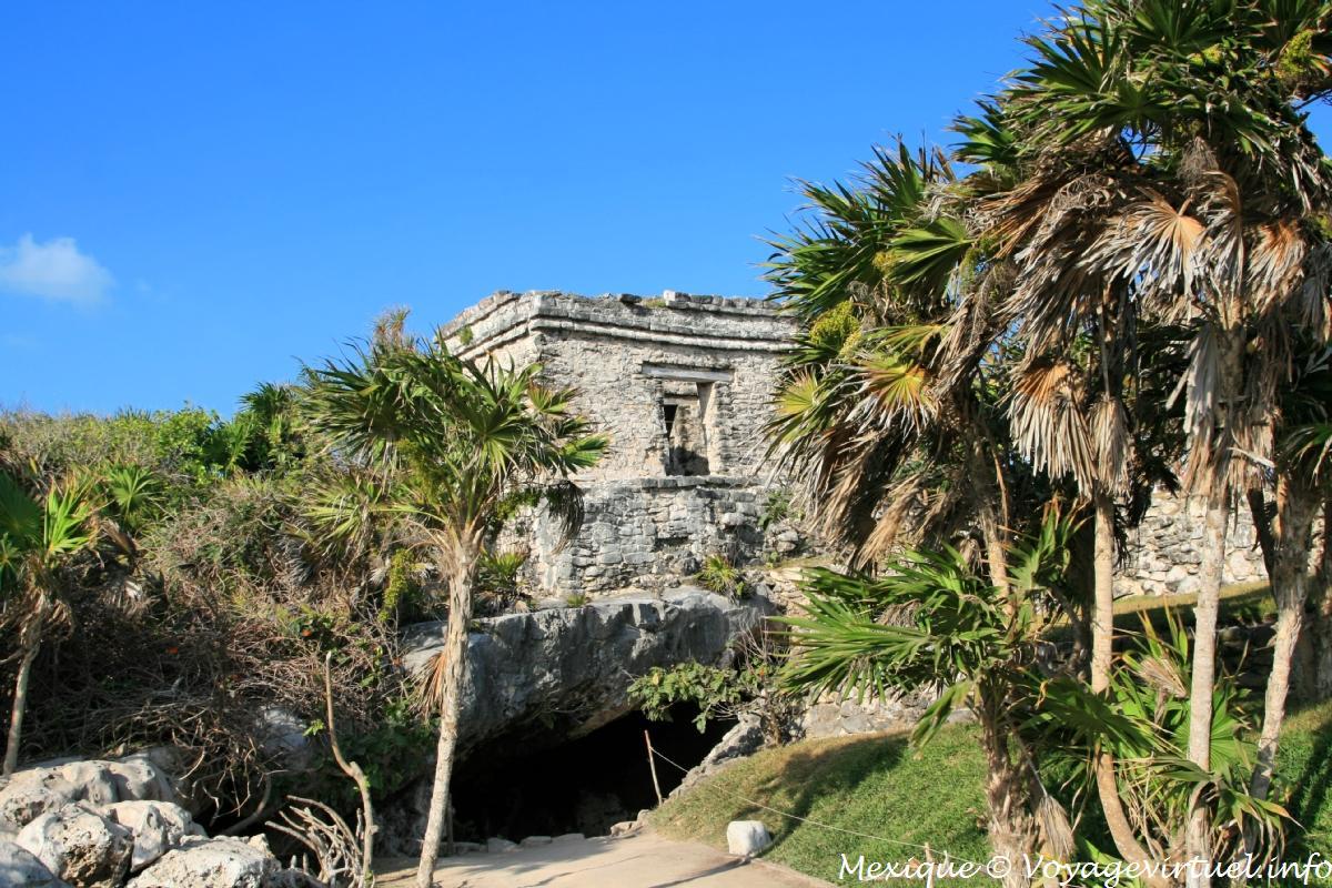 La casa del cenote tulum mexico for Site de la maison