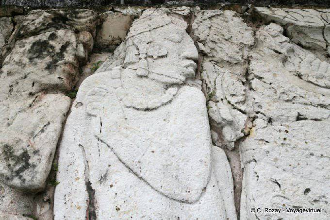 La Palacio de Palenque, El Palacio 13