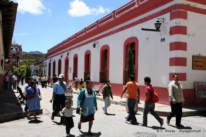 San Cristobal de las Casas, avenida Miguel Hidalgo 5