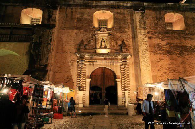 San Cristobal de la Casas, templo Santo Domingo 13